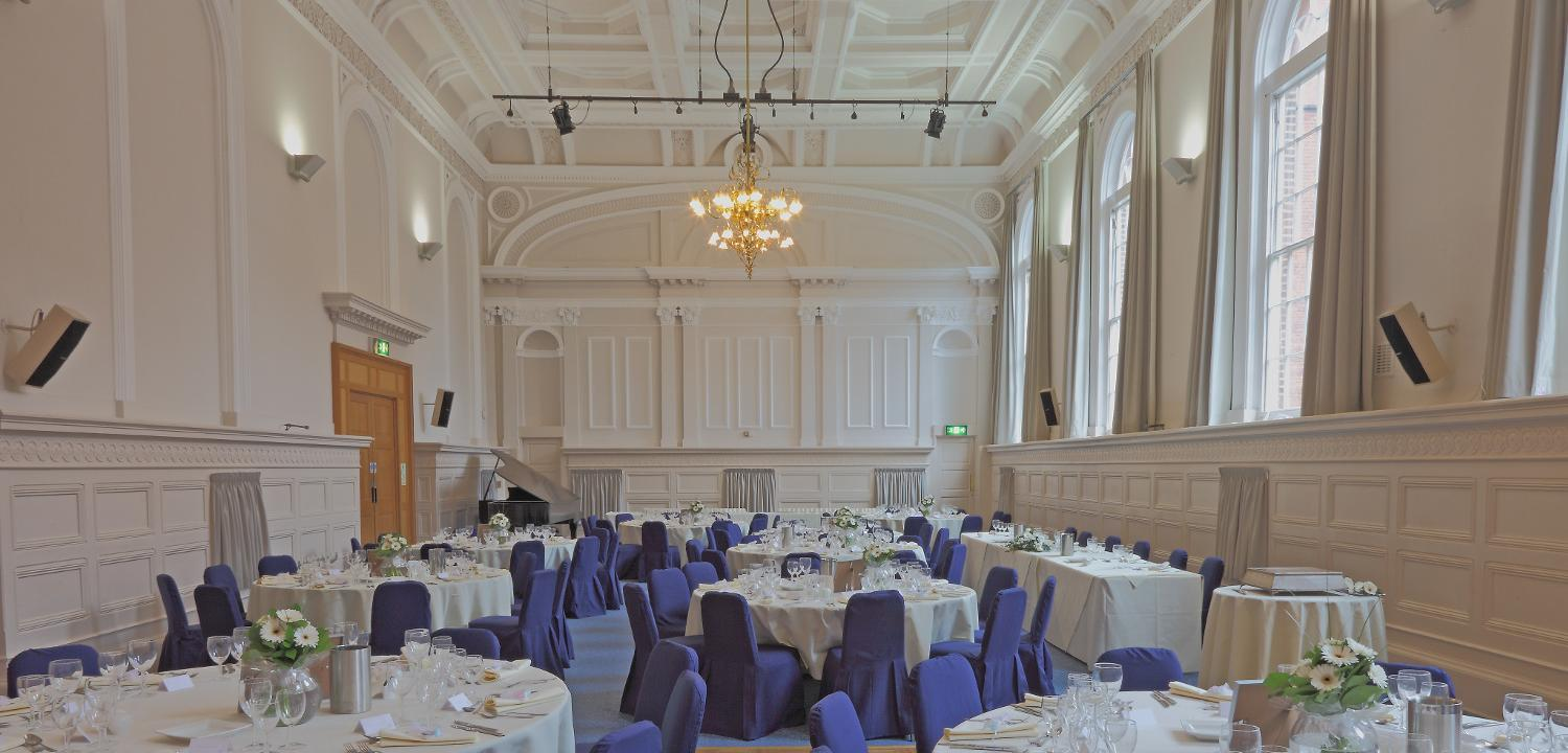 A wedding in Victoria Hall