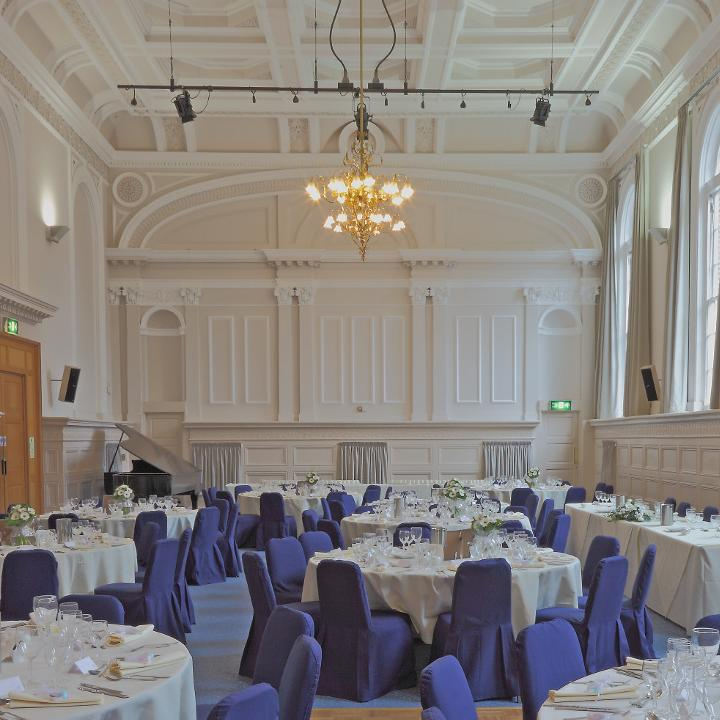 A wedding in Victoria Hall